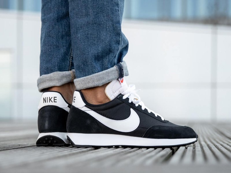 Nike Air Tailwind 79 Black White On Feet