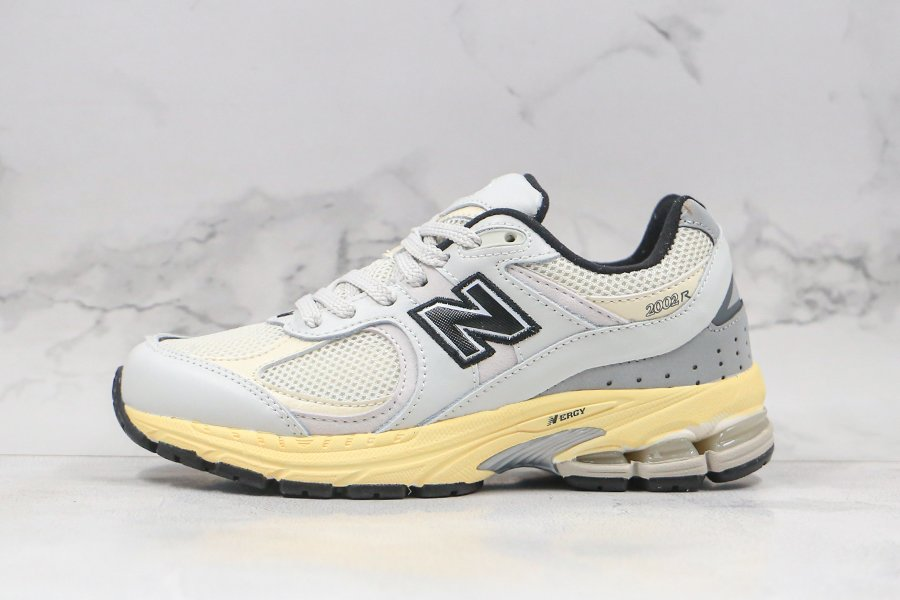 New Balance x Thisisneverthat ML2002RT White For Sale