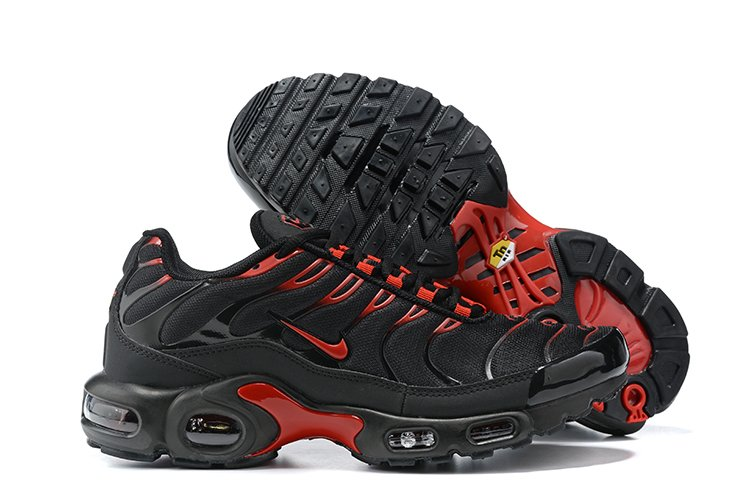 Nike Air Max Plus Black and University Red CU4864-001