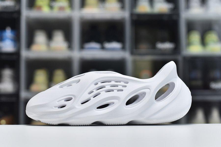 2021 adidas Yeezy Foam Runner White
