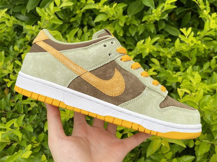 DH5360-300 Nike Dunk Low Dusty Olive Gold On Sale