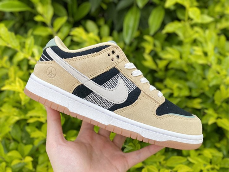 DJ4671-294 Nike Dunk Low Rooted in Peace Pale Vanilla Sail-Black-Silver Pine