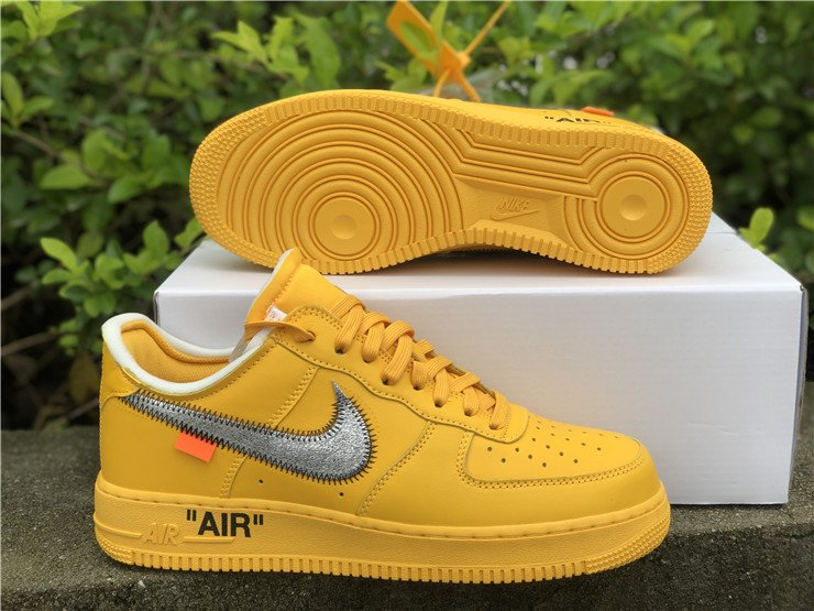 Off-White x Nike Air Force 1 Low University Gold DD1876-700 Sole