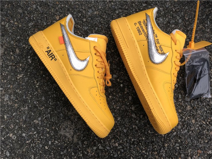 Off-White x Nike Air Force 1 Low University Gold DD1876-700 Top