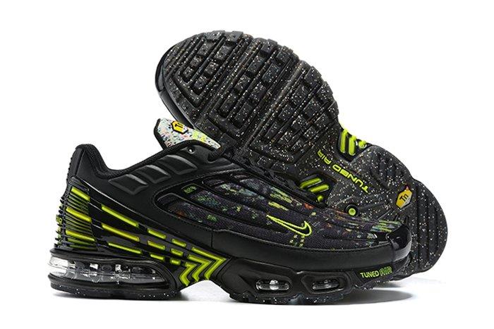 DM9097-001 Nike Air Max Plus 3 Crater Black Volt