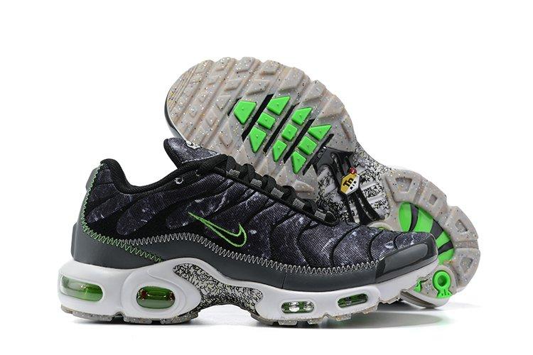 Nike Air Max Plus Essential Crater Black Smoke Grey-Electric Green