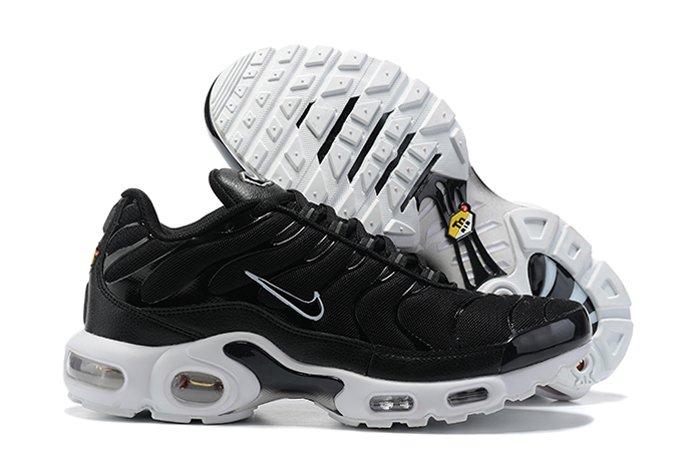 DM2362-001 Scarpe Nike Air Max Plus Black and White Uomo